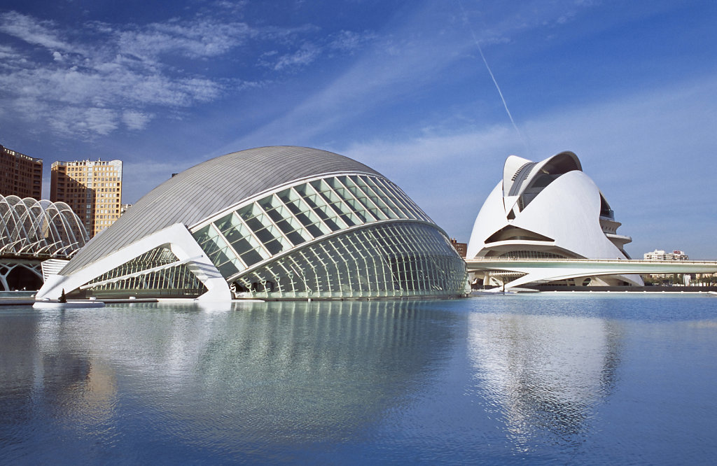 City Of Arts & Sciences, Valencia, Spain Arch: Santiago Calatrava